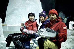 Eiskünstler, Eisbildhauer bei der Arbeit
