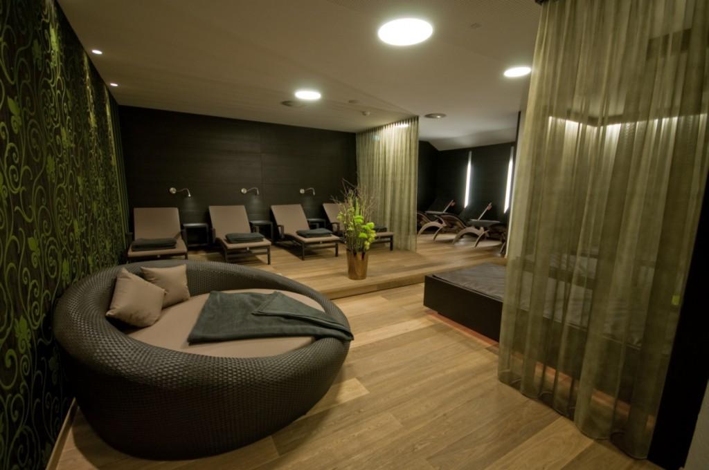 Hotel Rosengarten Relax Bereich mit Wasserbetten Bild